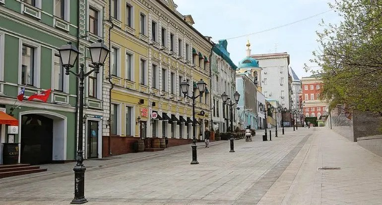 Dove fare shopping a Mosca? Non allo Stoleshnikov.