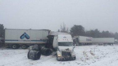 Массовое ДТП в Канаде: пострадали 29 человек