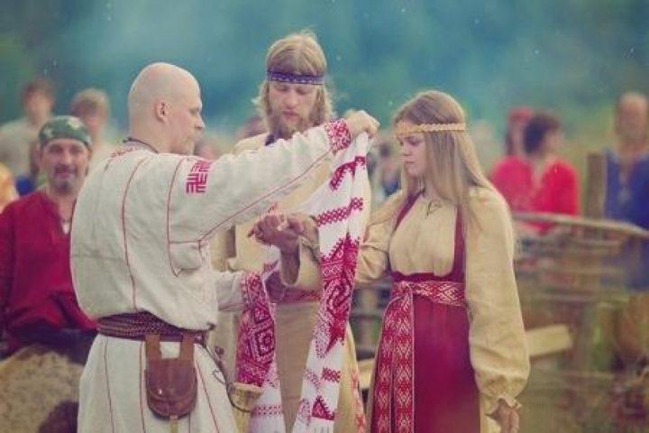 Свадьбы эротичным видео русское