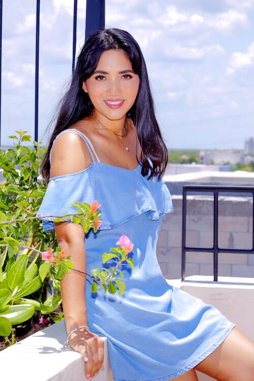 Yarelly russian bride bridesmaid