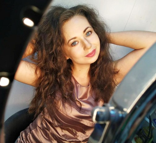 Victoria international dating free online