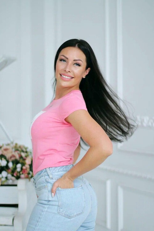 Alena photos from a russian dating site