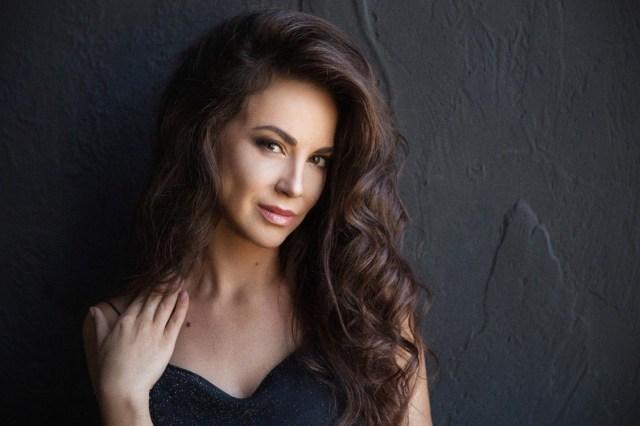 Oksana russian dating app free