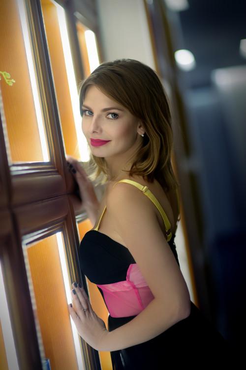 Yana russian dating free online