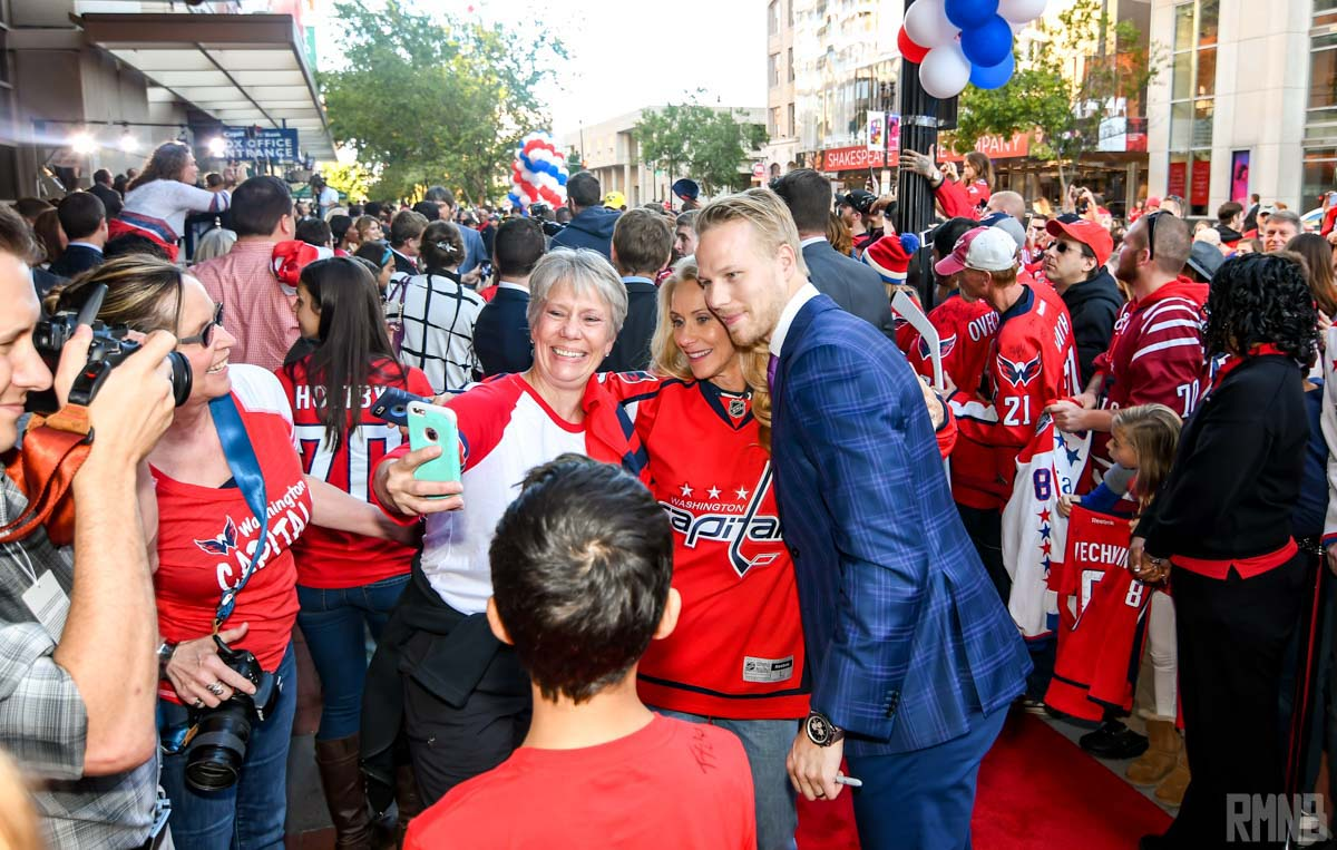 Eller continues to meet his new fans