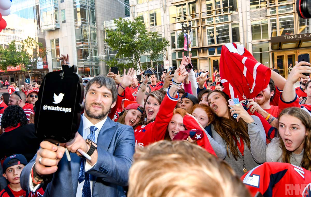 Ovechkin takes a selfie with fans
