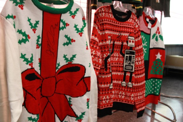 ChristmasSweater (4 of 10)