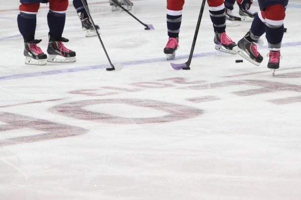 HockeyFightsCancerNight (4 of 10)