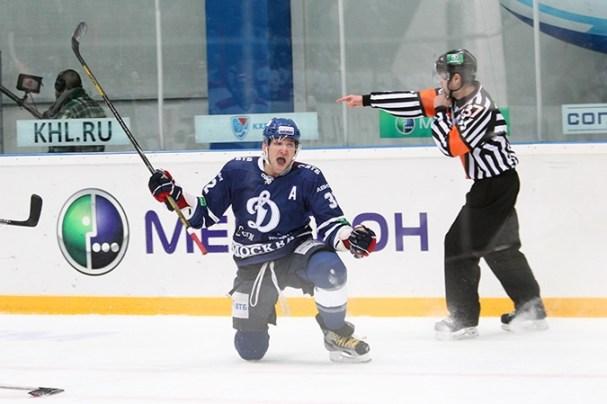alex-ovechkin-dynamo-goal4