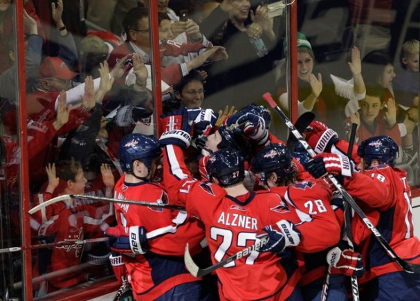 Capitals celebrate Mike Knuble's OTGWG