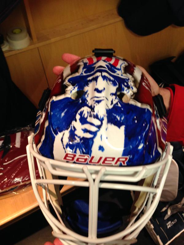 holtby-winter-classic-mask3
