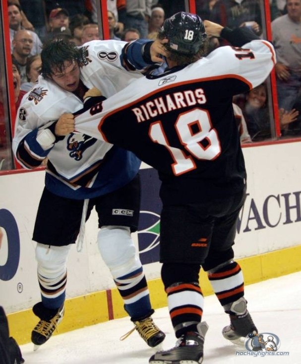 mike-richards-alex-ovechkin-fight