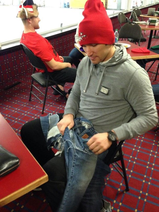 ovechkin-pants-curling