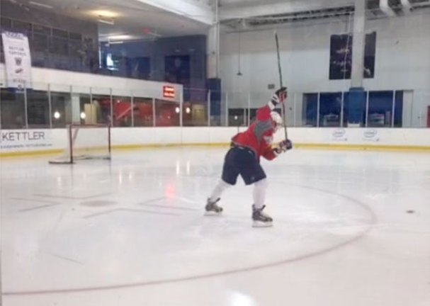 ovechkin-practices-one-timer