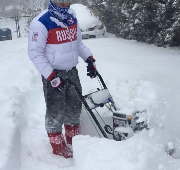 ovechkin-snow-blower