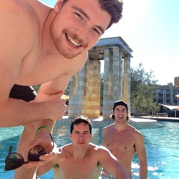 tom-wilson-shirtless