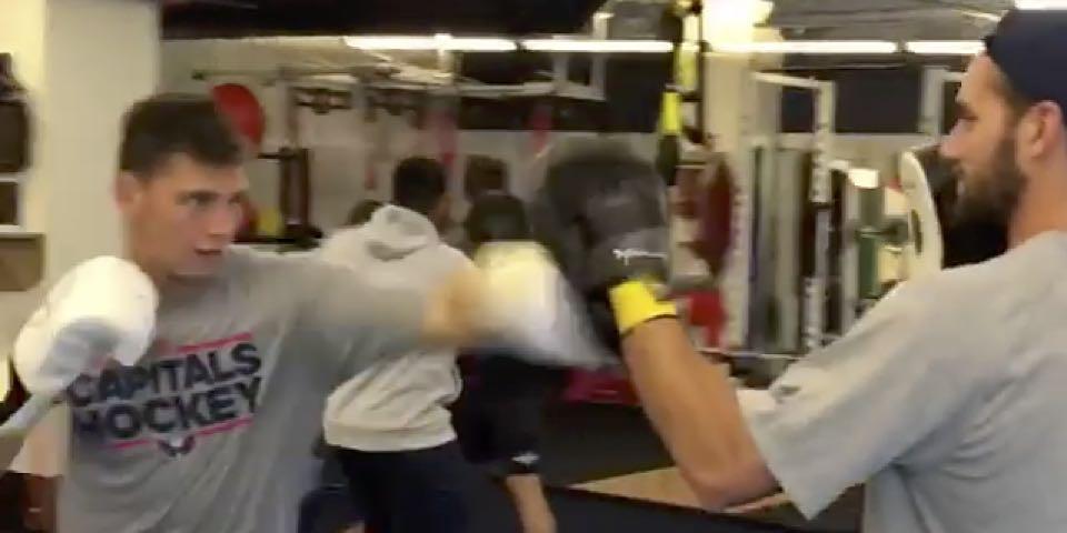 Andre-burakovsky-tom-wilson-fight