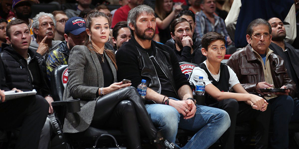 Alex Ovechkin sits courtside as the Wizards take on LeBron James and the Lakers