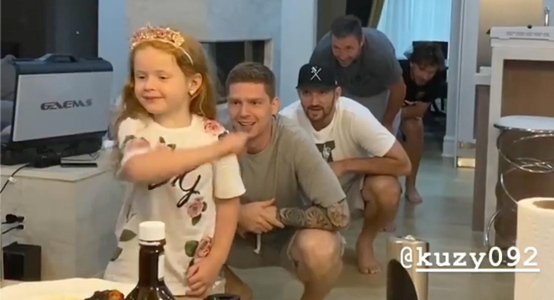 Caps' Russian 5 and Evgeny Kuznetsov's daughter Esenia create ridiculous TikTok video together