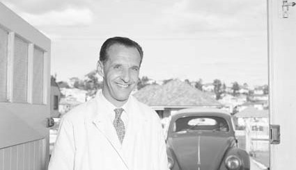 Russians in Australia - George Virine -Photo from National archives of Australia Image No A12111, 1/1959/6/38