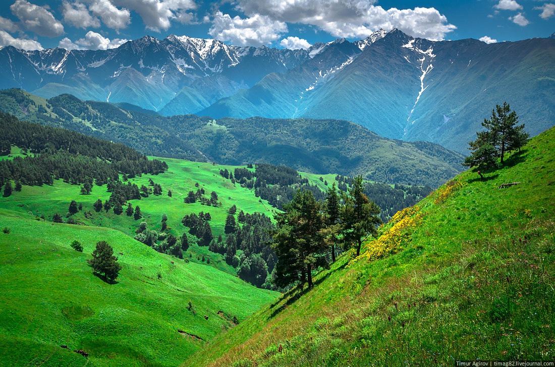 https://i2.wp.com/russiatrek.org/blog/wp-content/uploads/2013/05/beautiful-scenery-of-the-mountain-ingushetia-russia-21.jpg