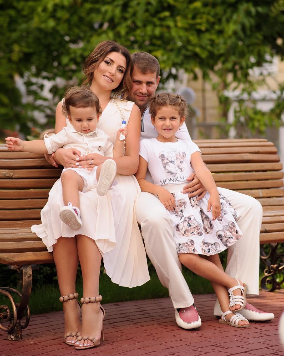 Жасмин биография личная жизнь семья муж дети фото