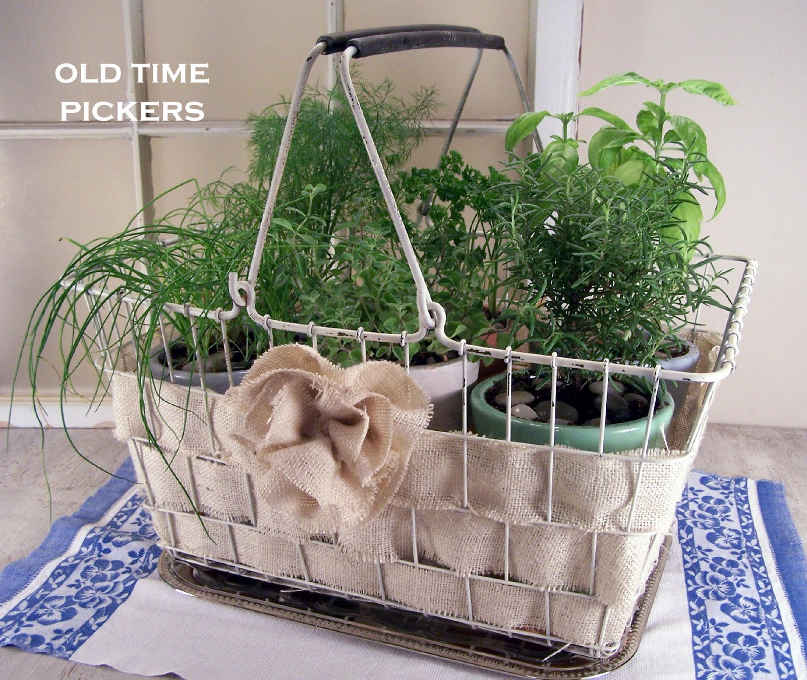 Old Wire Baskets Make Great Industrial Chic Home Decor   Rustic     source