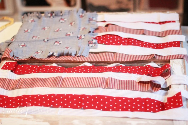 patriotic-flag-DIY-decor-fabric-scraps (7 of 18)