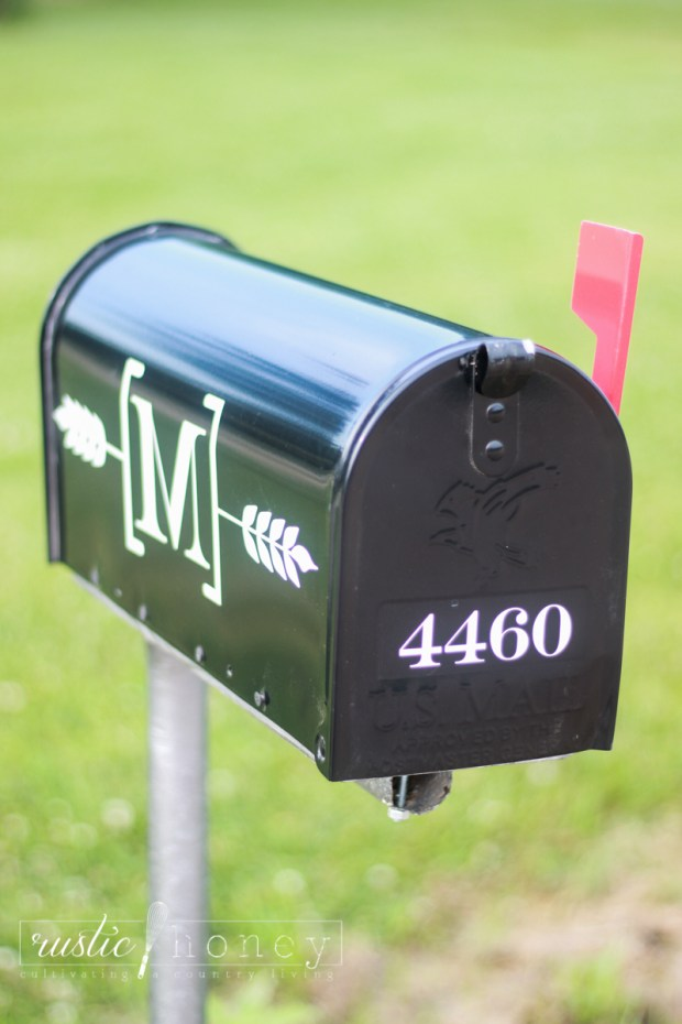 Custom-Mailbox-Free-Silhouette-File (8 of 11)