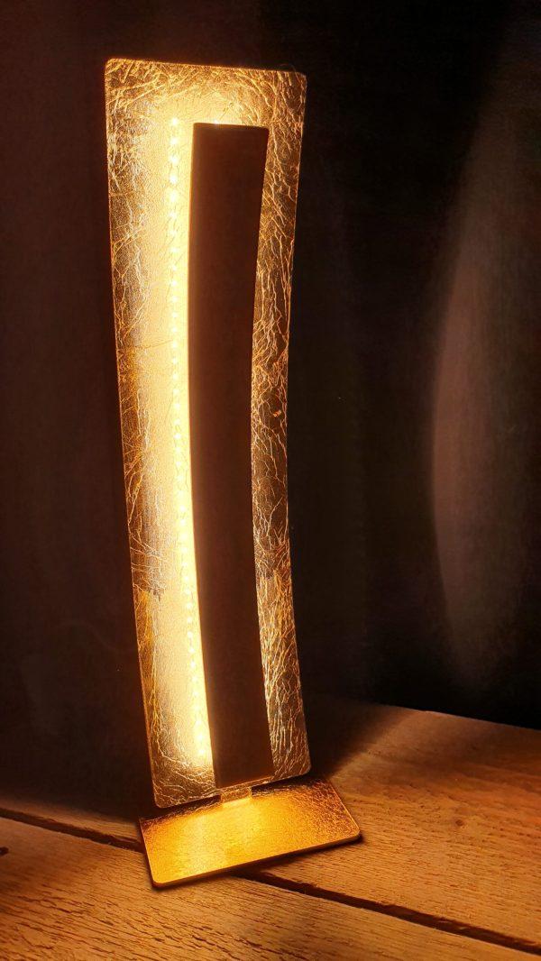 Tafellamp nevis Led warmwit in bladgoud look metaal met snoerschakelaar