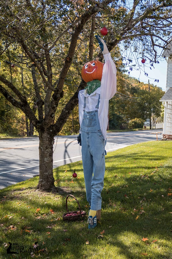 scarecrow decorating ideas