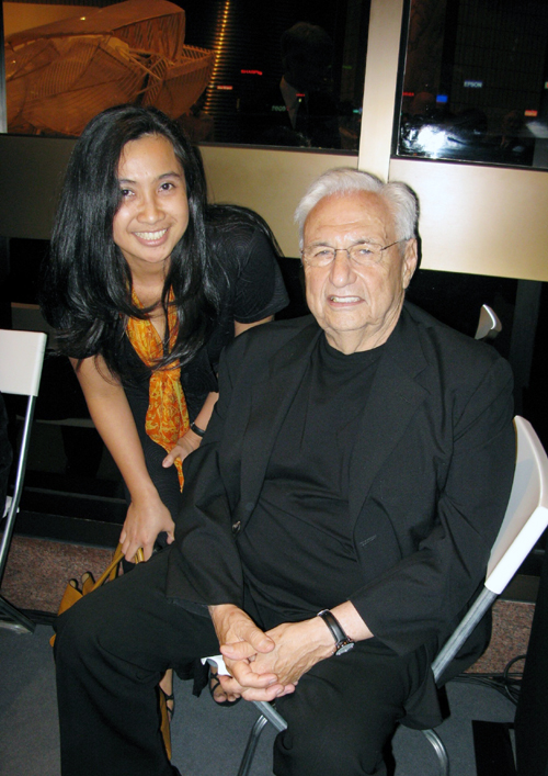 rustika herlambang and Frank Gehry (starchitect)