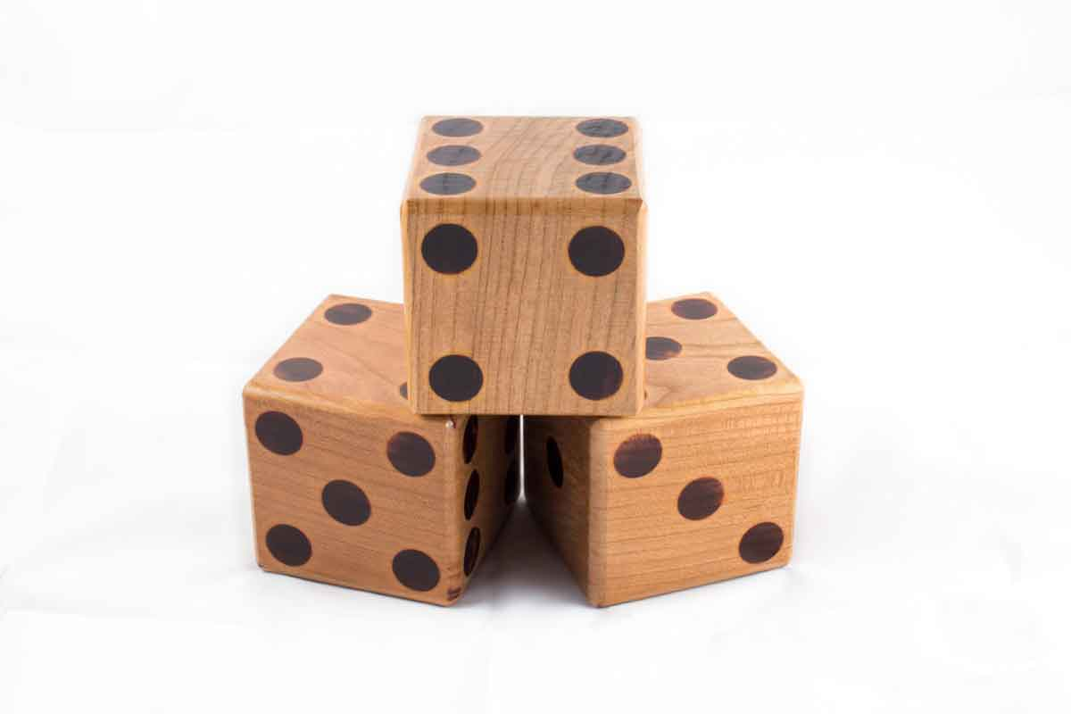 Solid Cherry Yardzee Dice