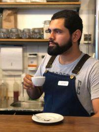 """""""Más que un producto, el café es un conjunto: la tierra, el origen, el productor"""", dice César Salazar."""