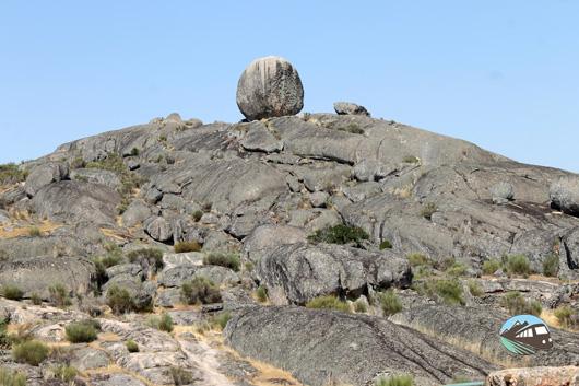 De aqui salen las piedras de los dólmenes