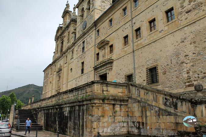 San Nicolás del Real
