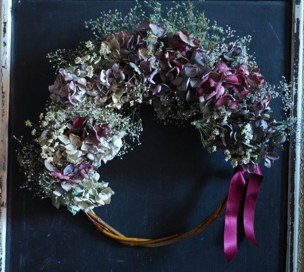 Hydrangea and baby's breath wreath