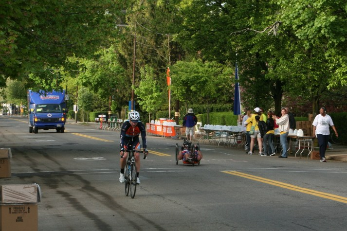 The first marathoner in the Wheelchair Division