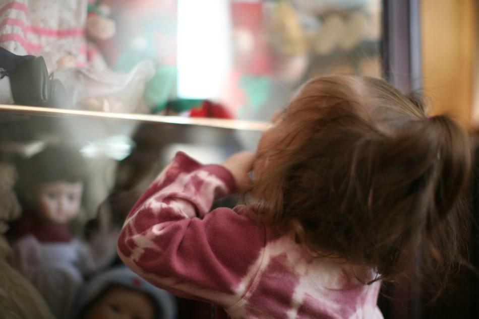 doll window (1)