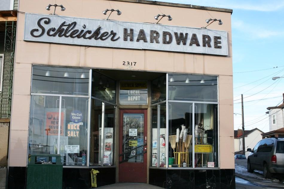 hardware window (1)