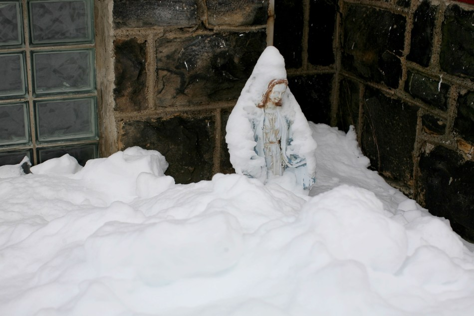 MAry in the Snow