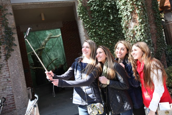 selfie stick girls