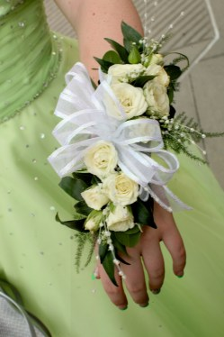 prom corsage 2