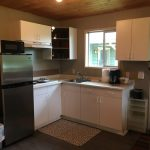 Equipped kitchen with 4 burner stovetop