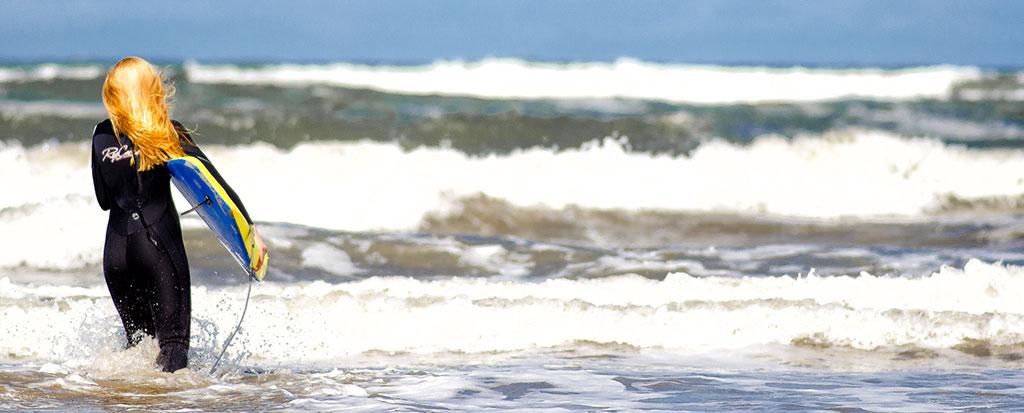Ruth Tolkien surfing