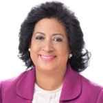 Senadora Cristina Lizardo valora dedicación de personal que trabaja encontra del COVID-19