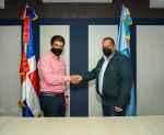 CAASD firma acuerdo con Alcaldía SDN para cederle terrenos donde construirán plaza de buhoneros Los Guaricanos