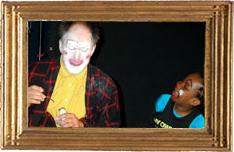 Solo Simpel met Clown Zapp Ruut van Hooft Straat- +theaterproducties