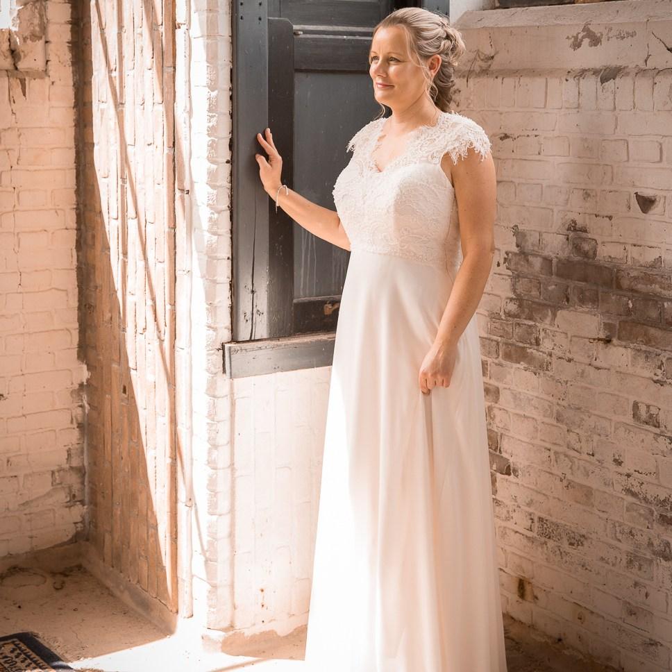 portret fotoreportage portretten stoer industrieel professionele prijzen kosten locatie aparte bijzondere huwelijksfotograaf trouwreportage Ruwmantisch Tilburg Turnhout Tiel