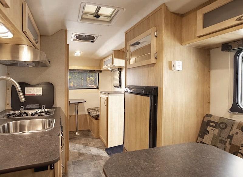 Escape Trailer 17B Small camper with bathroom